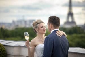 elope, Tour Eiffel